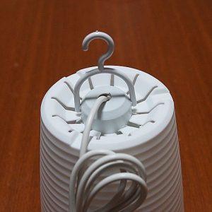 電球型LEDライトをランプシェードに組み込む